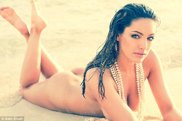 Hot girls Kelly Brook sexy England lady half nuked 8