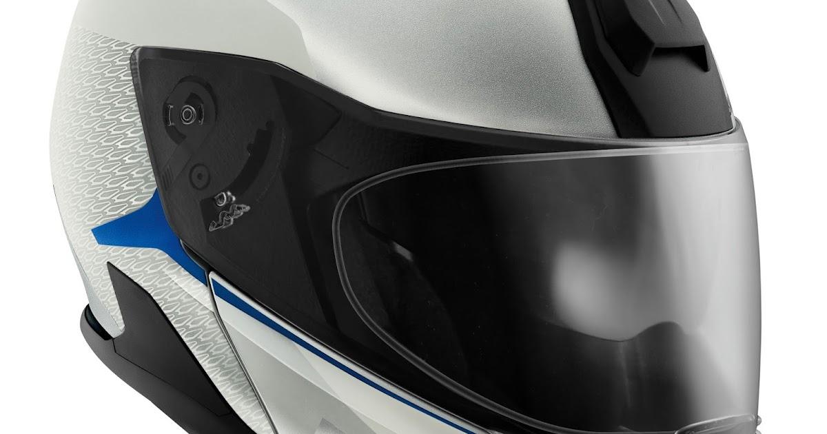 97eae223 BMW MOTORRAD UK.: SYSTEM 7 CARBON: SAFETY AND COMFORT