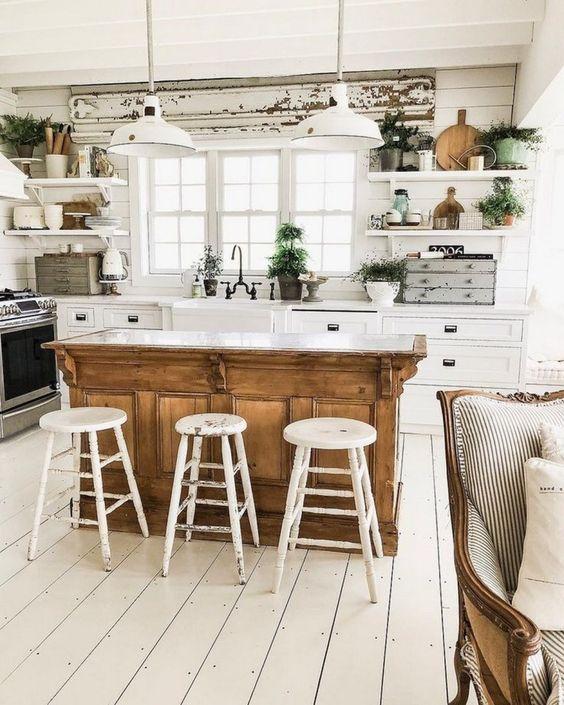 Aranżacja kuchni w stylu rustykalnym, retro, vintage