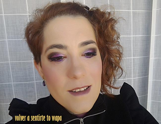 Maquillaje degradado en morado y borgoña con productos de City Color