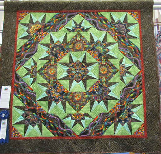 Stars of Lumina Quilt quilted by Joan Bryan, The Pattern designed by Toby Lischko of Gateway Quilts & Stuff