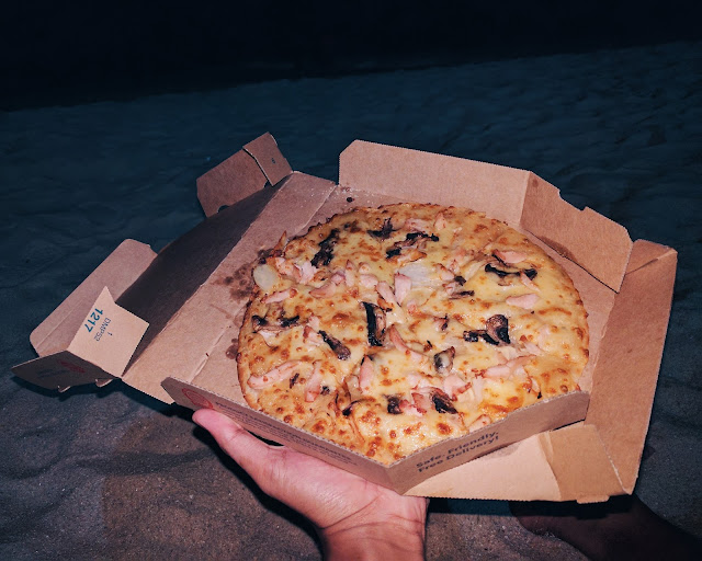 Classified Chicken Pizza by Domino's