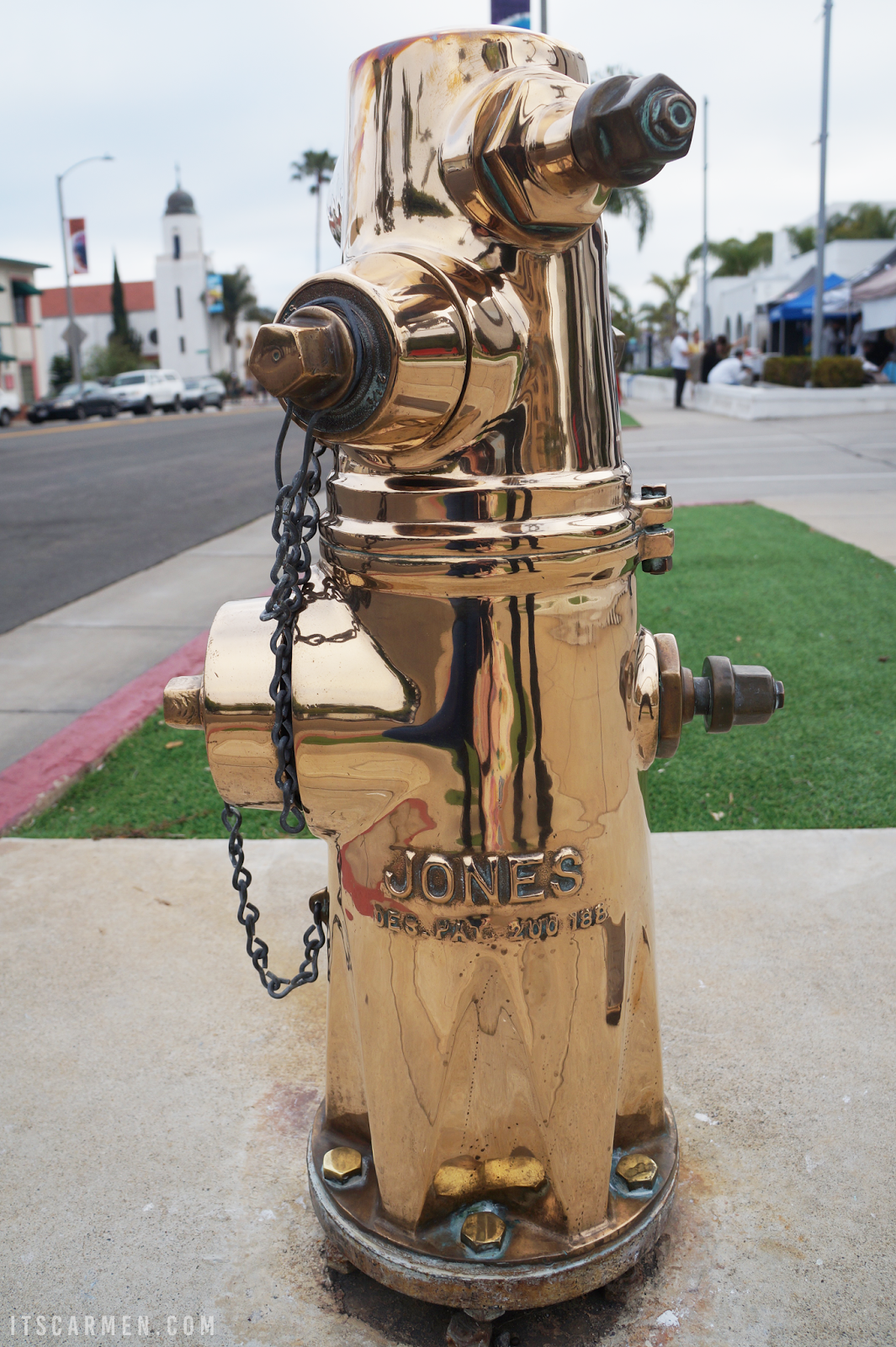 golden fire hydrant
