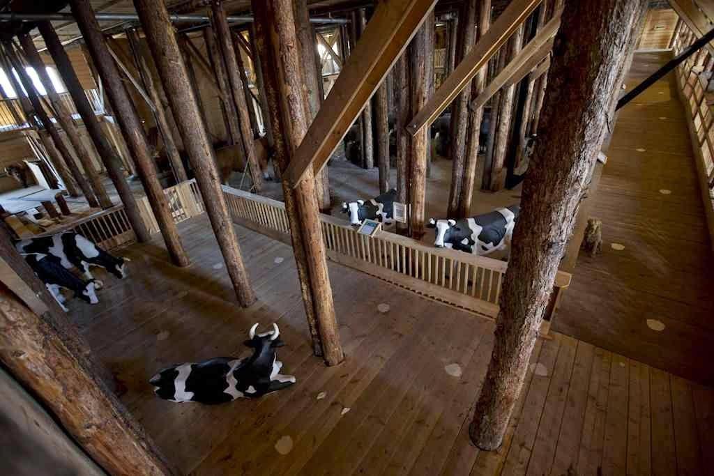 Interior da réplica da Arca de Noé, em Amsterdam
