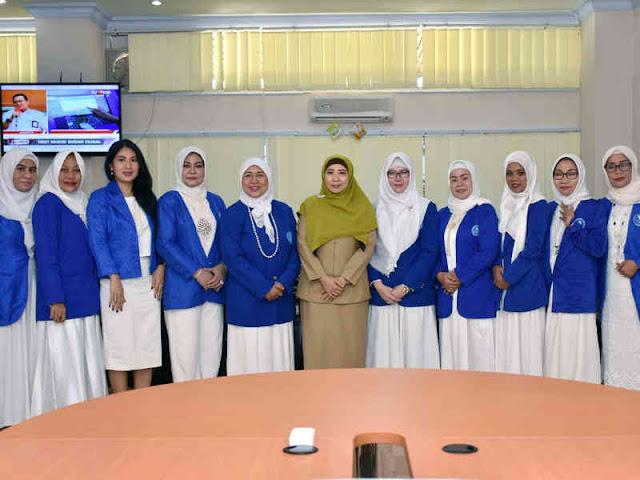 Sitti Rohmi Terima Audiensi Ikatan Wanita Pengusaha Indonesia (IWAPI) NTB