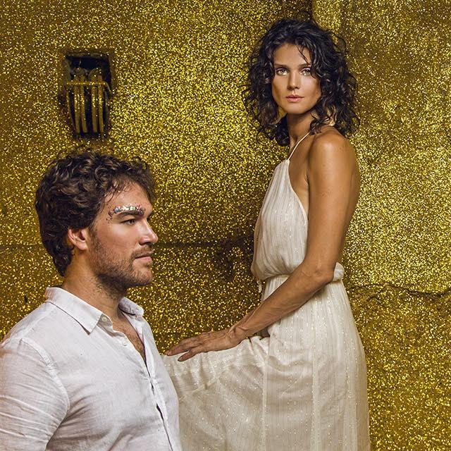 Duo Flor de Sal mantém sonoridade colorida em novo single