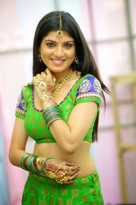 Actress Celebrities Photos: Tamil TV Anchor and Actress