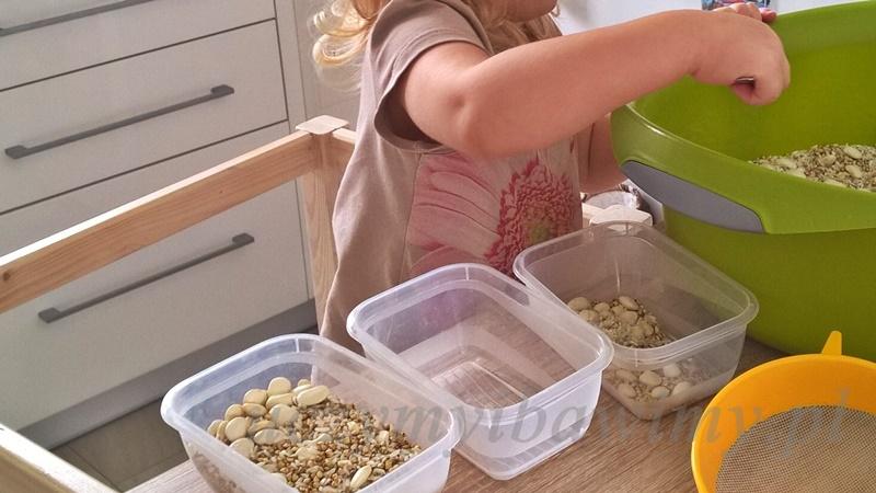 Przesypywanie - Montessori