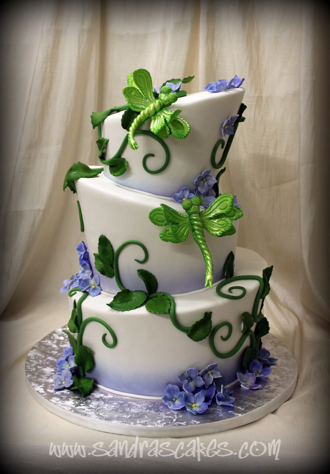 OUR WEDDING CAKES....EDIBLE WORKS OF ART