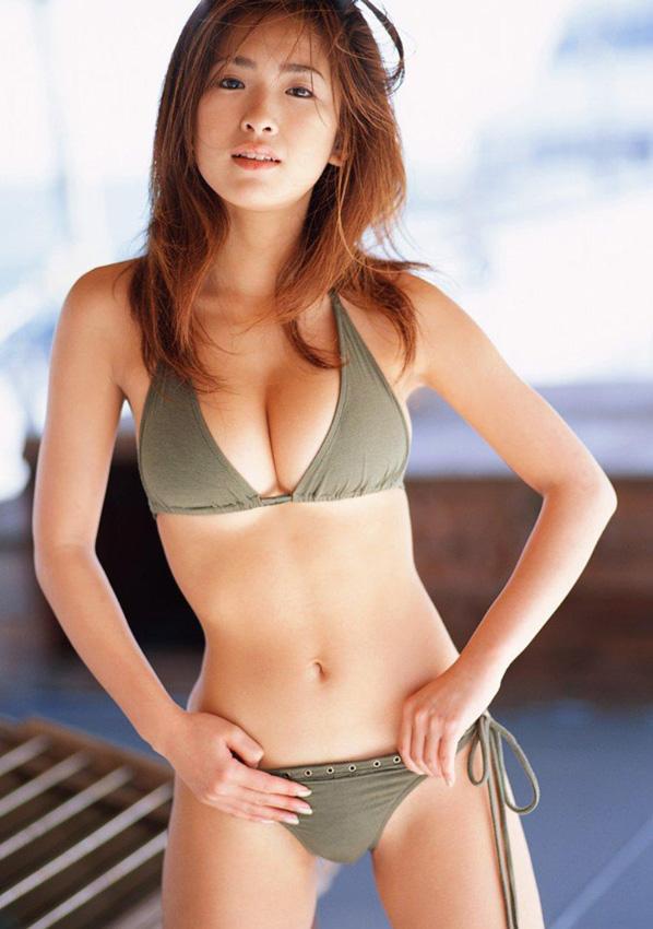 Chica iraní gran culo desnudo