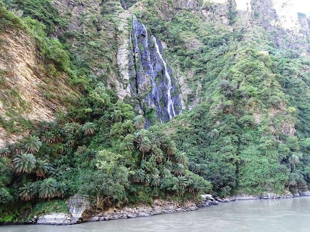 Beas River Waterfall, Himachal