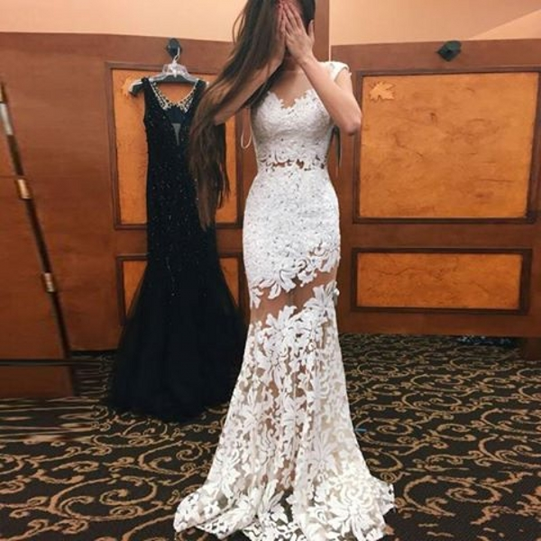 Babyonlinedress: Wear Dresses With Intricate Details for Prom - The ...