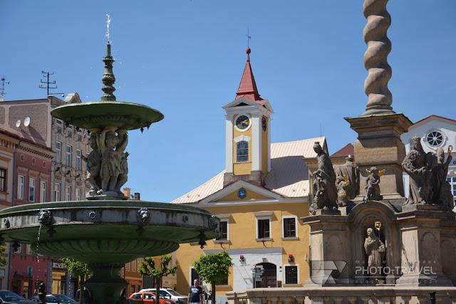 Broumov - atrakcje turystyczne, zabytki, ciekawe miejsca w Czechach. Broumov to miasto partnerskie Nowej Rudy położone tuż za przejściem granicznym w Tłumaczowie.