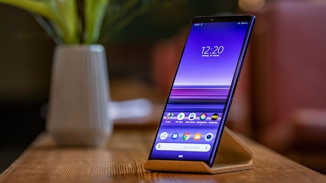 Sony Xperia 1 with a 4K OLED HDR screen that was unveiled at MWC 2019