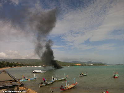 Speedboat on fire in Bang Rak