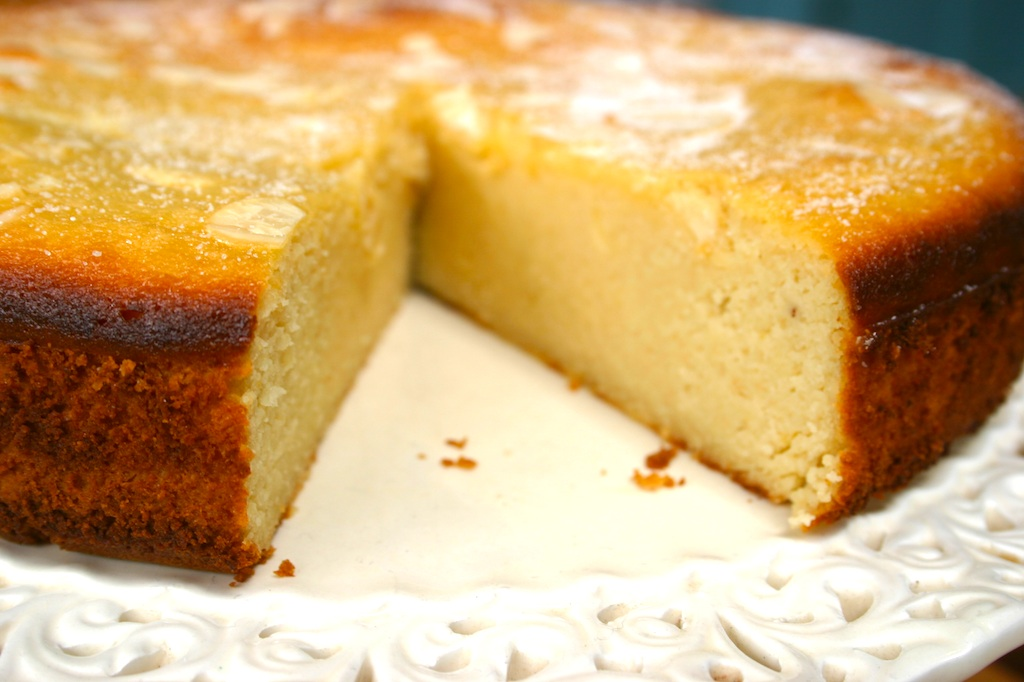 Passover Apple Cake With Almond Flour