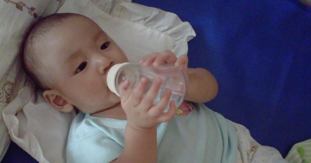 Bahaya Air Putih Untuk Bayi