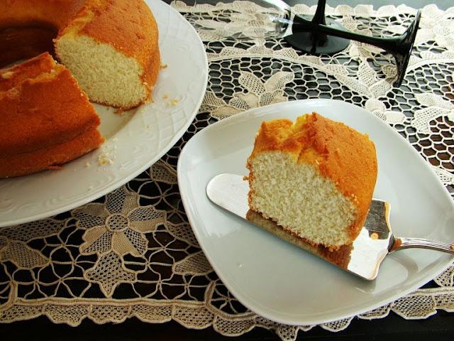 Egg whites cake donuts: Easy, moist and fluffy