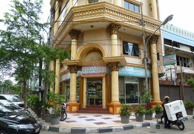 Una joyería en el barrio de Blok M en Yakarta