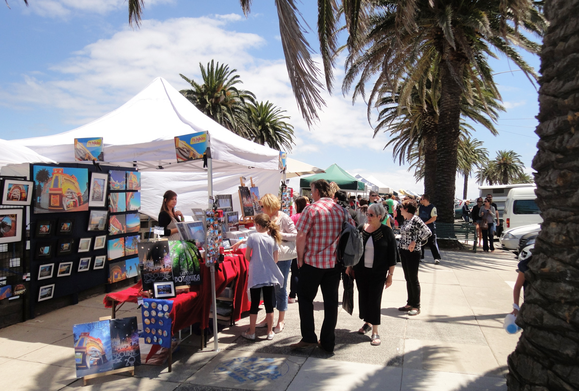 St Kilda Esplanade Arts and Craft Market