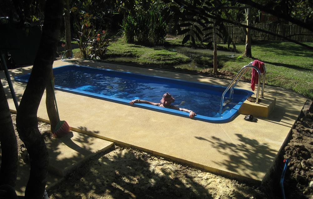 Pezi Amp Tinu S Page Swimming Swimmingpool