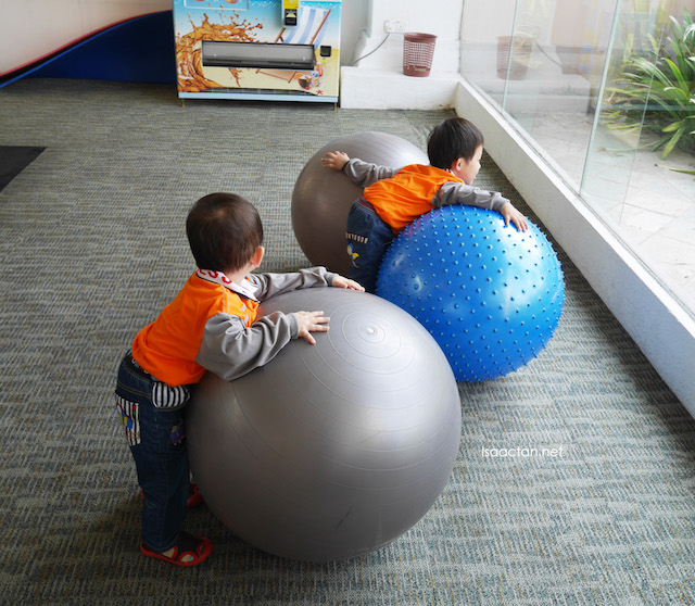 Huge bouncy balls to play with