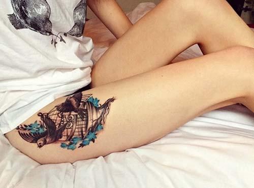bird tattoo on hip kalça kuş dövme modelleri