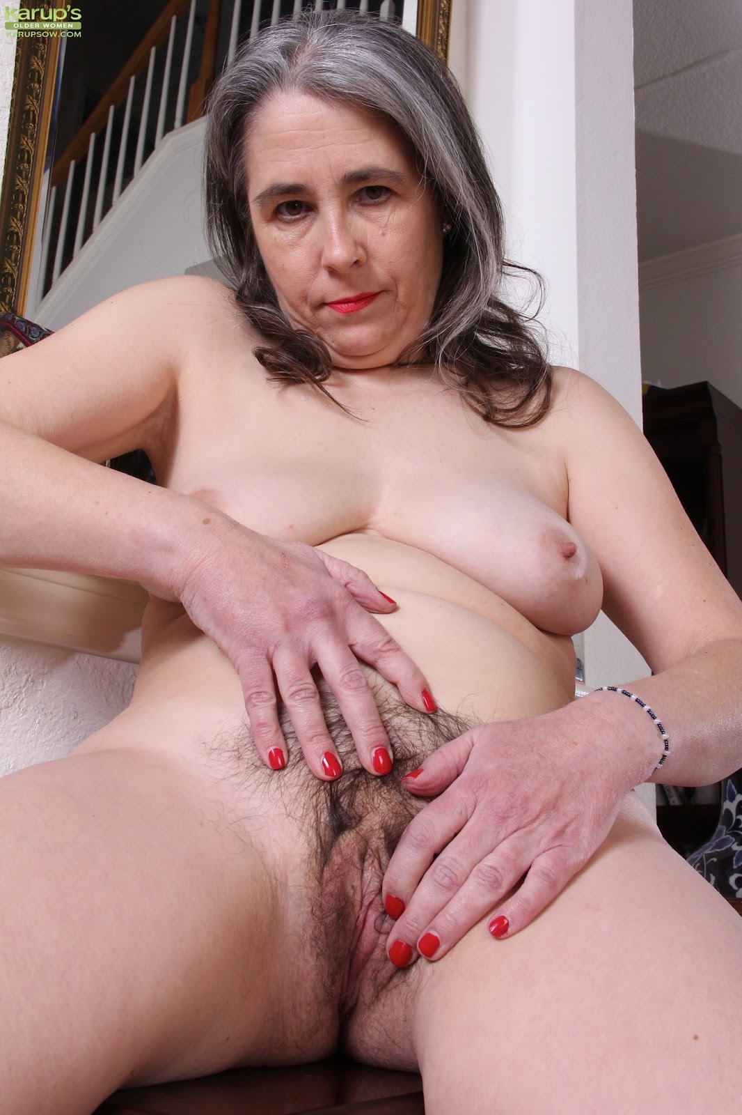 archive of old women: Lexy Graying