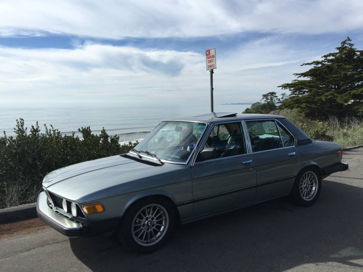 Daily Turismo What The Bracq Has Been Cookin 1980 Bmw 528i E12 5 Series E28 Owners Will Associate 528 Badge With Lackluster Eta Inline 6 But In 28 Liter M30 Pushed 169 Horsepower Into A Speed