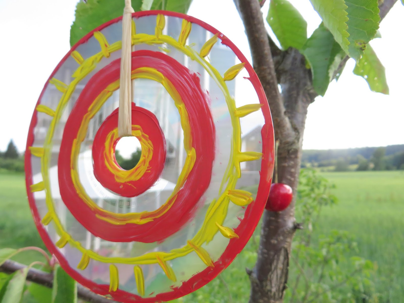Garten- Windspiel aus CDs