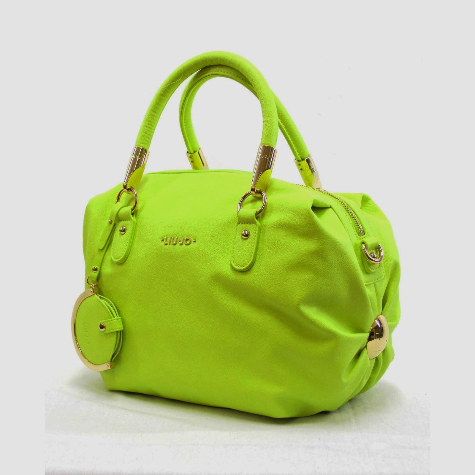 buy online 42b4a 3291b IDEE REGALO...VEDERLI E' VOLERLI: La nuova borsa da donna ...