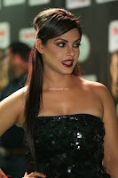 Glamarous Actress Neetu Chandra in Black dress at IIFA Utsavam Awards 013.JPG