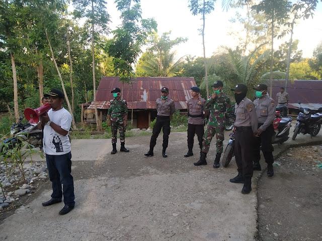 Satgas Yonif R 142 Sosialisasi Cegah Ancaman Virus Corona di Perbatasan Indonesia - Timor Leste