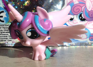 Baby Flurry Heart Magazine Figure Released