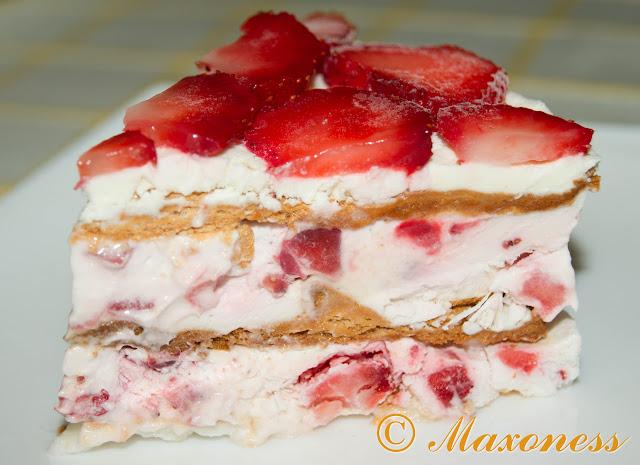 Замороженный торт с клубникой