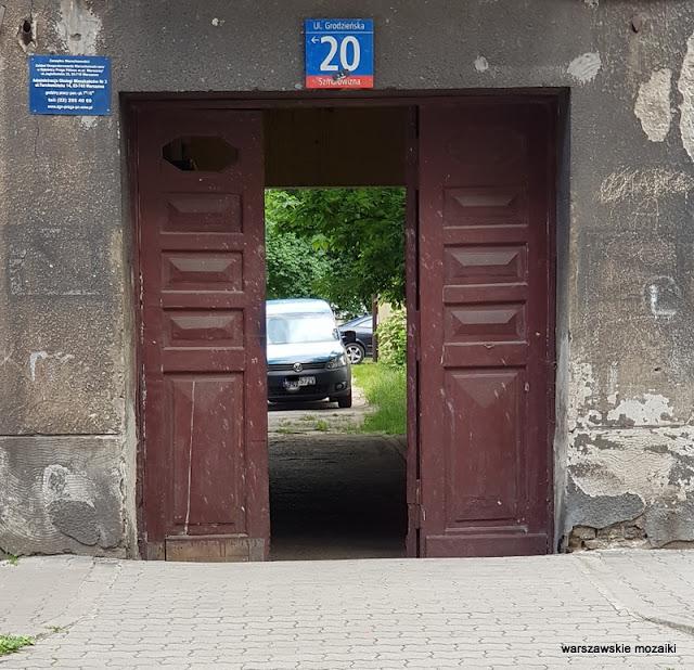 arszawa Warsaw Praga Północ ulice Pragi Północ praskie klimaty architektura zabudowa kamienica
