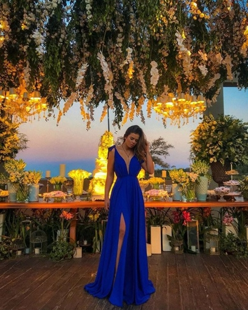 vestido longo azul  fenda