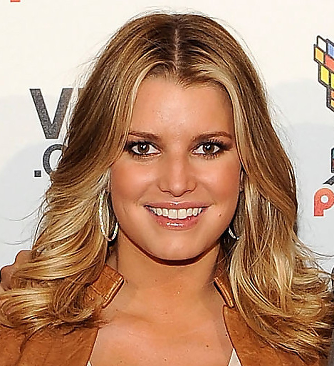 Trendystyle: Celebrity Hairstyles Jessica Simpson Hairstyles