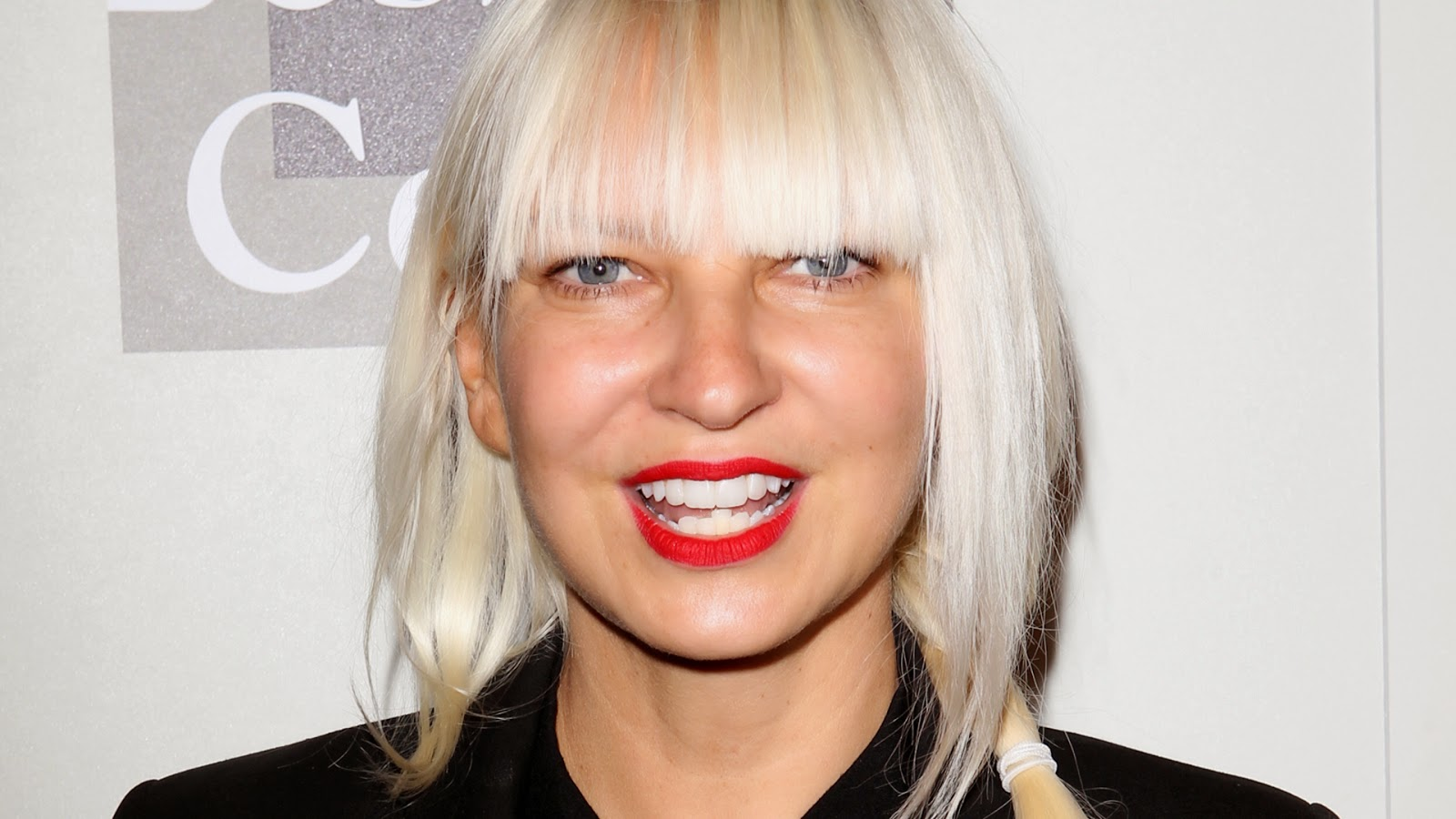 Sia Furler new video Fire Meet Gasoline with Heidi Klum