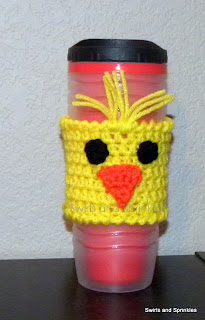 Swirls and Sprinkles: Free crochet Easter chick coffee Kozie