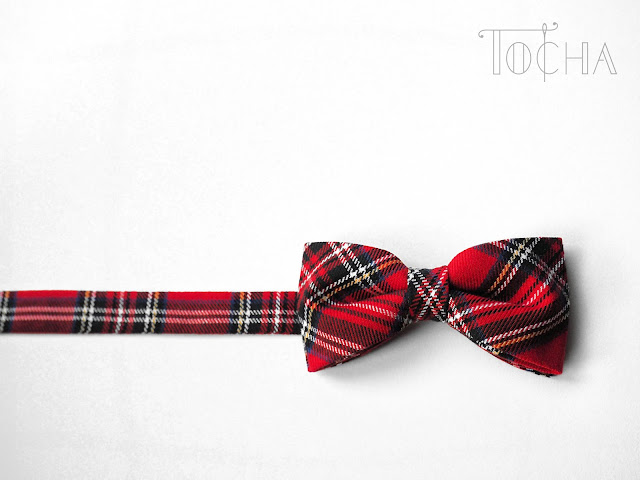 bow tie, tartan, Scotland, Christmas, for him, gift, polyester, viscose, non-wool, red, pretied, elegant, smart, geeky, vegan
