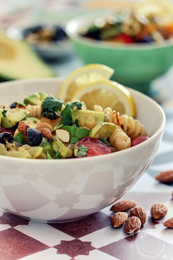 Pasta salata sa grilovanim povrćem i avokadom