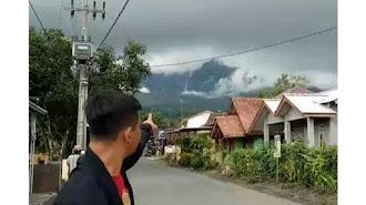 Ini Penjelasan PVMBG Adanya Fenomena Air Terjun di Puncak Gunung Galunggung