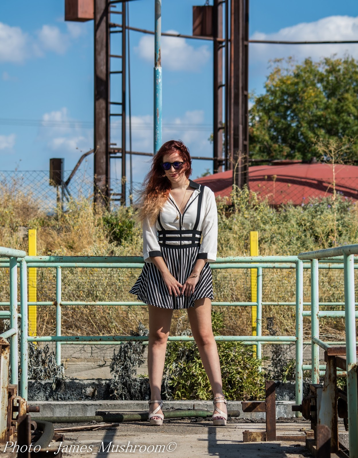 spotlights on the redhead, redhead, model, blogger, review, pretty, anna keni, anna, choies,migato,sili,sunglasses, skirt,black, white, stripes,Black and White Stripe Lattice Cut Out High Waisted, Shoulder-straps, Overall Skirt