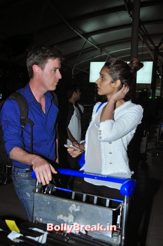 Ileana Dsouza Pics With Australian Boyfriend Andrew -7792