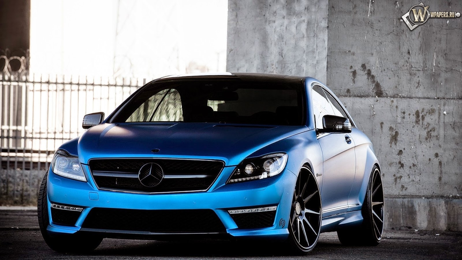 History of The Mercedes Logo Design
