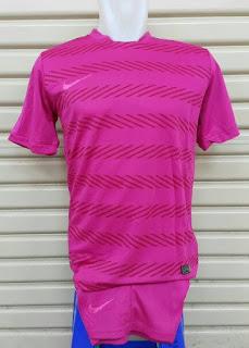 gambar desain futsal terbaru musim depan jersey SETELAN FUTSAL NIKE SQUAD PERFORMANCE terbaru 2015/2016 Pink di enkosa sport