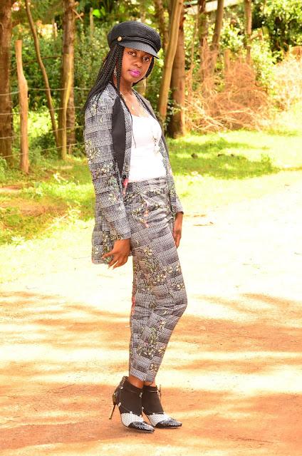 Wearing A Plaid Flower Print Stylish Women's Suit
