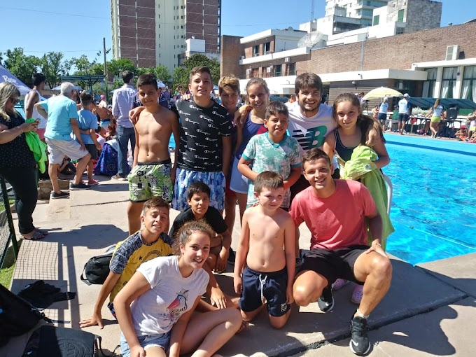 SANCTI SPIRITU, Los chicos de la Colonia de la Comuna presentes en encuentro regional de natación