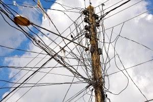 Prefeitura de Santa Cruz dos Milagres busca parceria para melhorar a iluminação pública